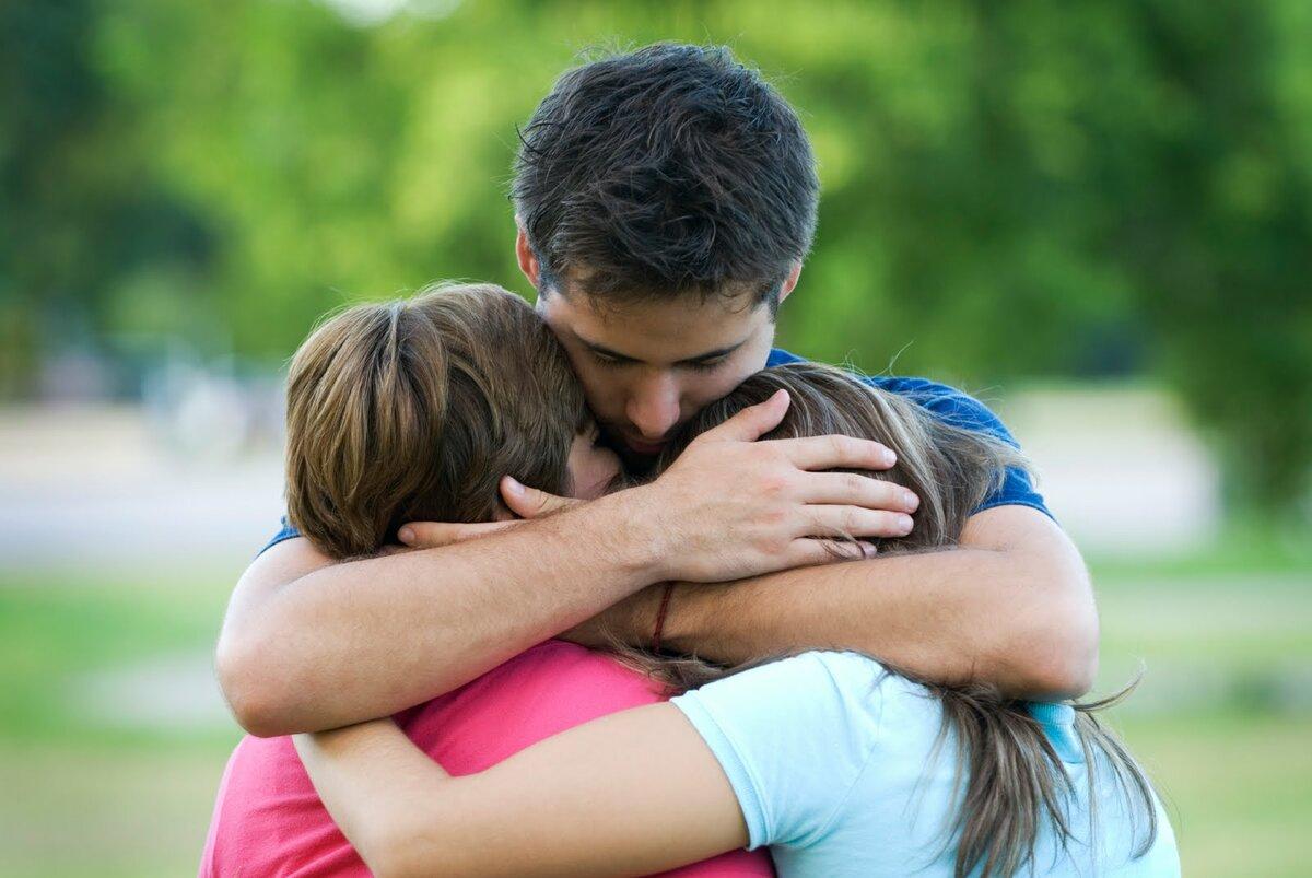 Какие знаки Зодиака любят обниматься
