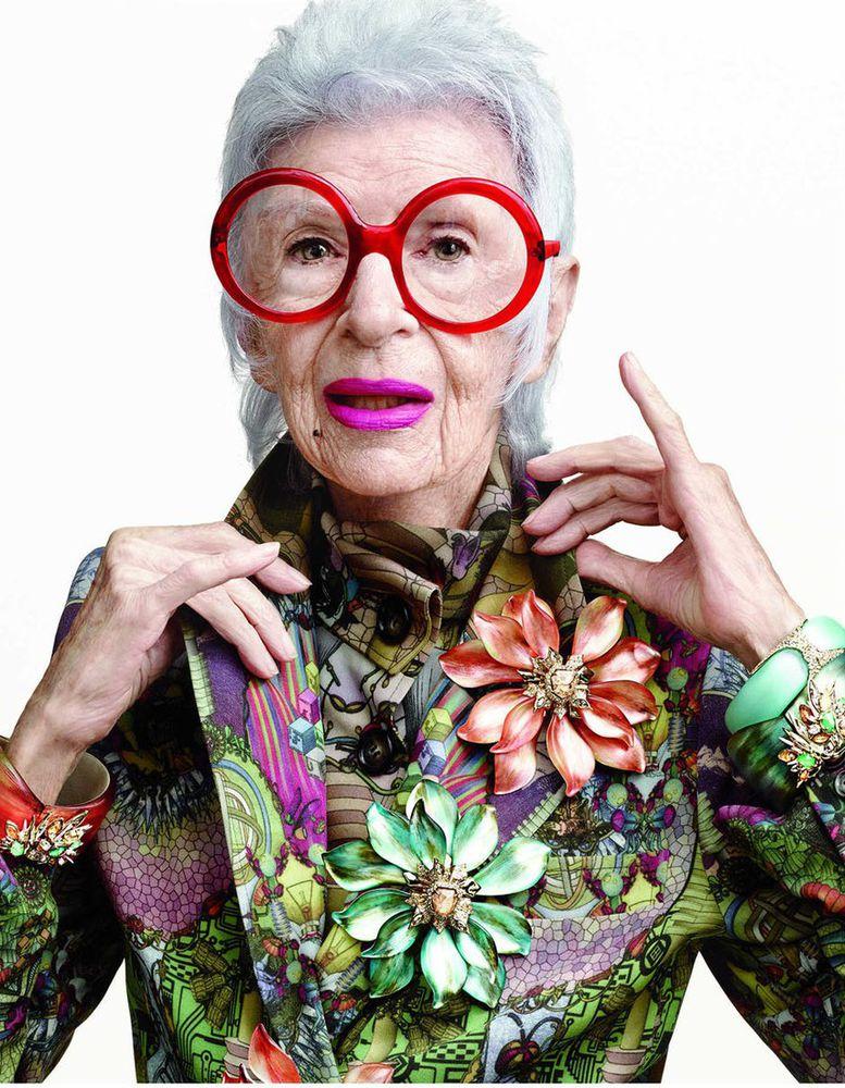 Типы бабушек по знаку Зодиака